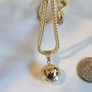 14kt chain with soccer ball